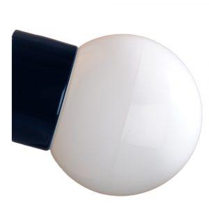 Kuppel med skrå sokkel IP54 glaskuppel 150 mm sort fod hvid glas