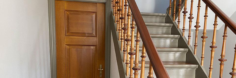 Maling af indvendige døre, indfatninger, paneler m.m.